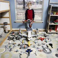 玩具总动员:Gabriele Galimberti的系列照片