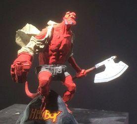 这个地狱小子的雕像你值得拥有