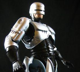 铁甲威龙机械战警NECA可动人偶玩具点评