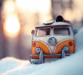 玩具小汽车的探险之旅