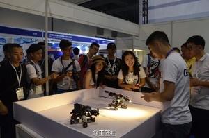 工匠社&上海模型展,展会特装版~给各位玩家回报一下进度,模具和电子元器件已完成生产,正在进入最后的组装阶段,然后检测,最后包装~希望早鸟玩家谅解~