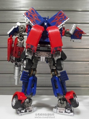 TakaraTomy MB-11 Optimus Prime实物图,基本可以说是APS01U的口罩版,五把武...
