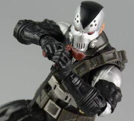 摧毁者(demolition man)