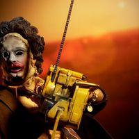 Sideshow 德州电锯杀人狂 皮脸Leatherface 美人版 12寸人偶前瞻