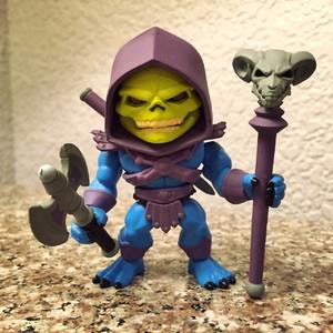 洛杉矶本土的独立玩具设计公司The Loyal Subject,希曼系列,原色骷髅王和希曼是今天下午3点开售,可惜其他的需要明日上午10开售,我已经离开了......