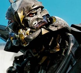 敌人的灰烬铺就征服之路——变形金刚电影中的红蜘蛛