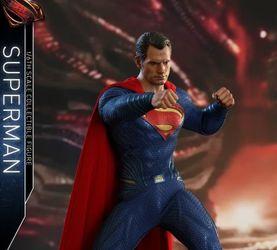 HotToys《正义联盟》超人