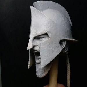 Star Ace Toys 更新了 斯巴达300 列奥尼达的 头雕。
