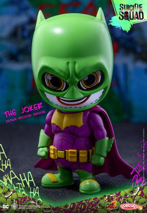 Hot Toys – COSB304 – 自殺小队【伪蝙蝠侠版:小丑】,綠色、黃色、紫色的搭配,使得这款蝙蝠侠被称为史上最花俏蝙蝠侠,售价:尚未公布;商品大小:9.5 公分;预计日期:2016 年第三至第四季