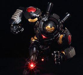 给你介绍下千值练Re-Edit 这个黑色的钢铁侠反浩克装甲来自哪里